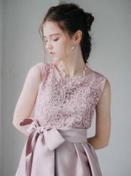 【レンタル】[M] ノースリーブ胸コード刺繍ワンピース