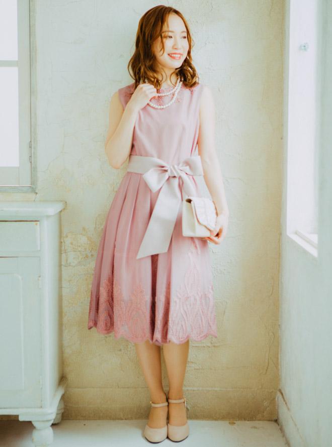 [M] サッシュベルト付きノースリーブ2WAY刺繍ワンピース ピンク
